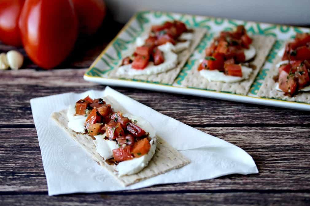 Bruschetta Crackers with Mozzarella Cheese