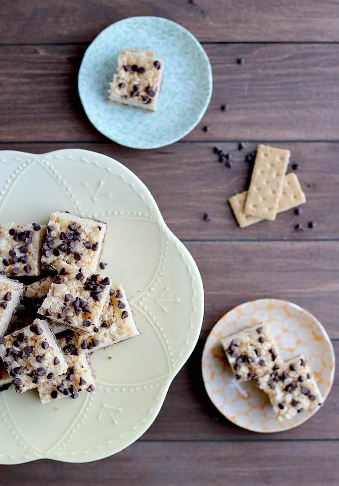 Presentation of Layered S'mores Rice Krispie Treats