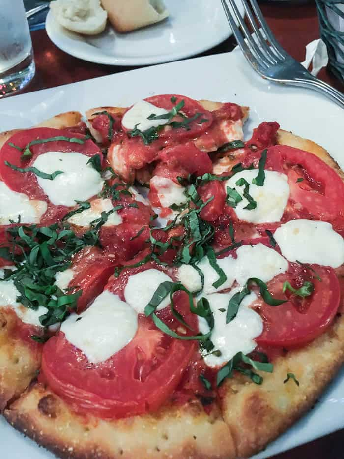 Mama Melrose Margherita Flatbread