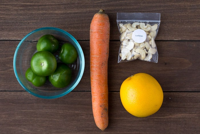 Ingredients for the Orange Carrot Cashew Smoothie