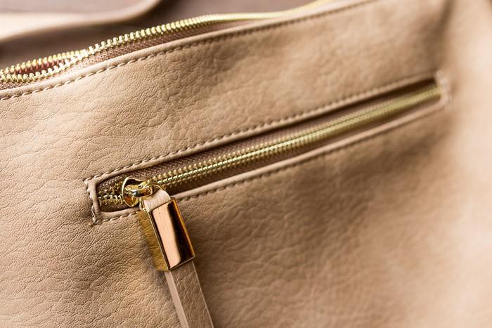 Backside of the Stitch Fix Shiraleah Jesse Crossbody Bag