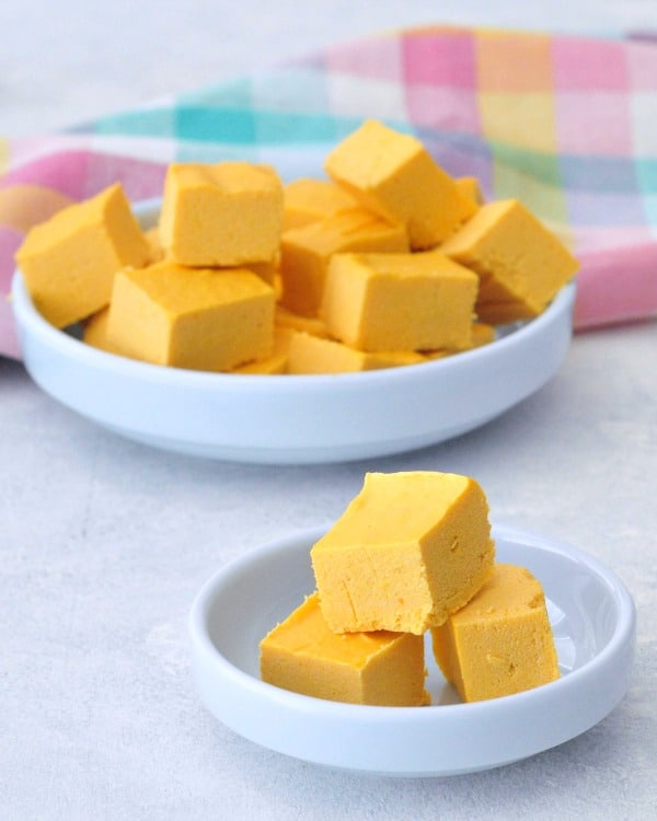 Butternut Squash Fudge Cubs in White Bowls on a light back drop
