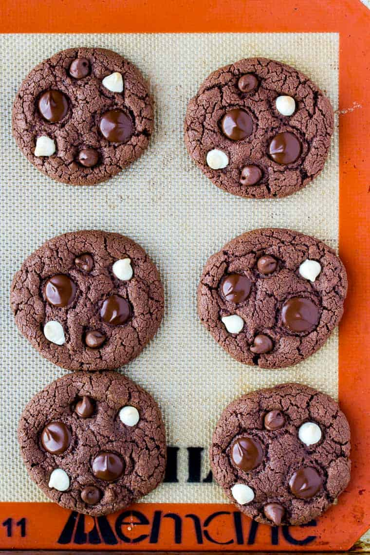 6 Gluten Free Triple Chocolate Chip Cookies on a Silpat Mat
