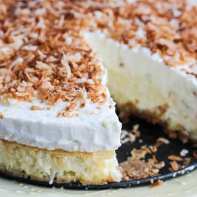 Simple Coconut Cheesecake