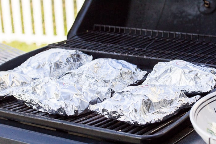 6 Foil Packets Cooking on the Grill