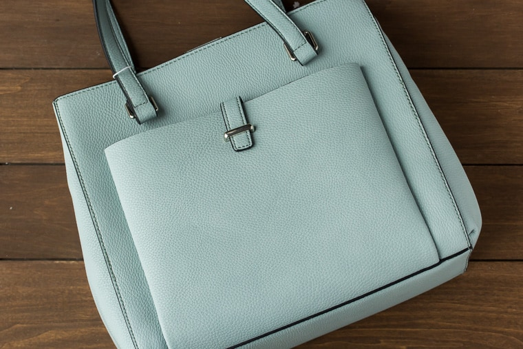 Stitch Fix Urban Expressions Kelvin Tote in Light Blue on a wood background